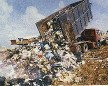 """L'immagine """"http://www.carmillaonline.com/archives/Discarica1.jpg"""" non può essere visualizzata poiché contiene degli errori."""