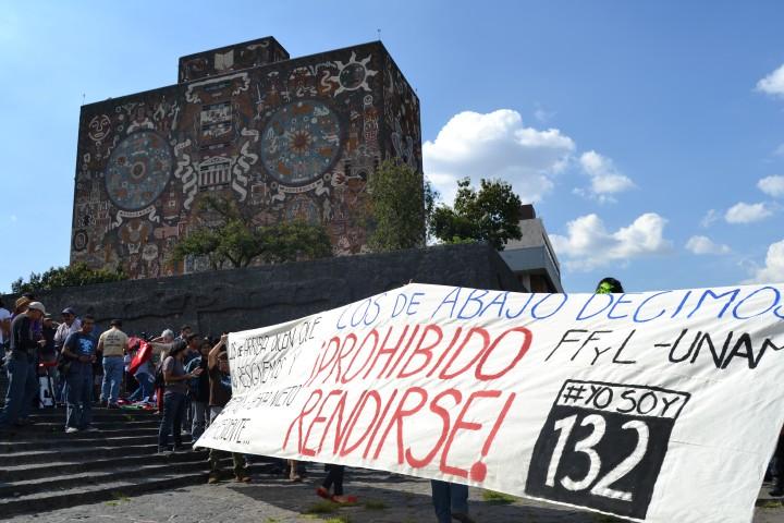 Marcha funebre democracia 105 (Small).JPG