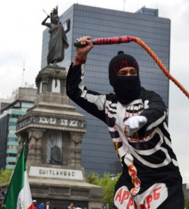 EZLN warrior MegaMarcha 4S Mex DF 085 (Medium)