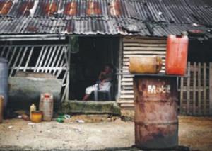 Okpai. Abitazioni vicino alla IPP. Foto: Luca Tommasini 2011.