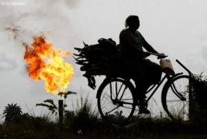 Ebocha gas flare. Foto: George Osodi 2007.