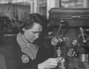 Weber Carburatori: addetta la trapano (anni '50)