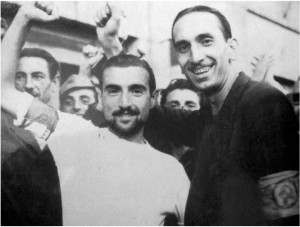1944 06 roma partigiani bandiera rossa