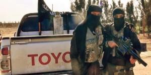 Miliziano del Daesh armato di lanciagranate RBG-6.