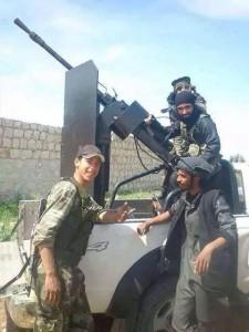 Aspri combattimenti fra miliziani del Daesh e soldati turchi.