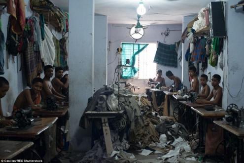 Bangladesh, bambini al lavoro, 2015. Foto: Claudio Montesano Casillas.