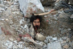 2010. Oltraggio al cadavere di un afgano.